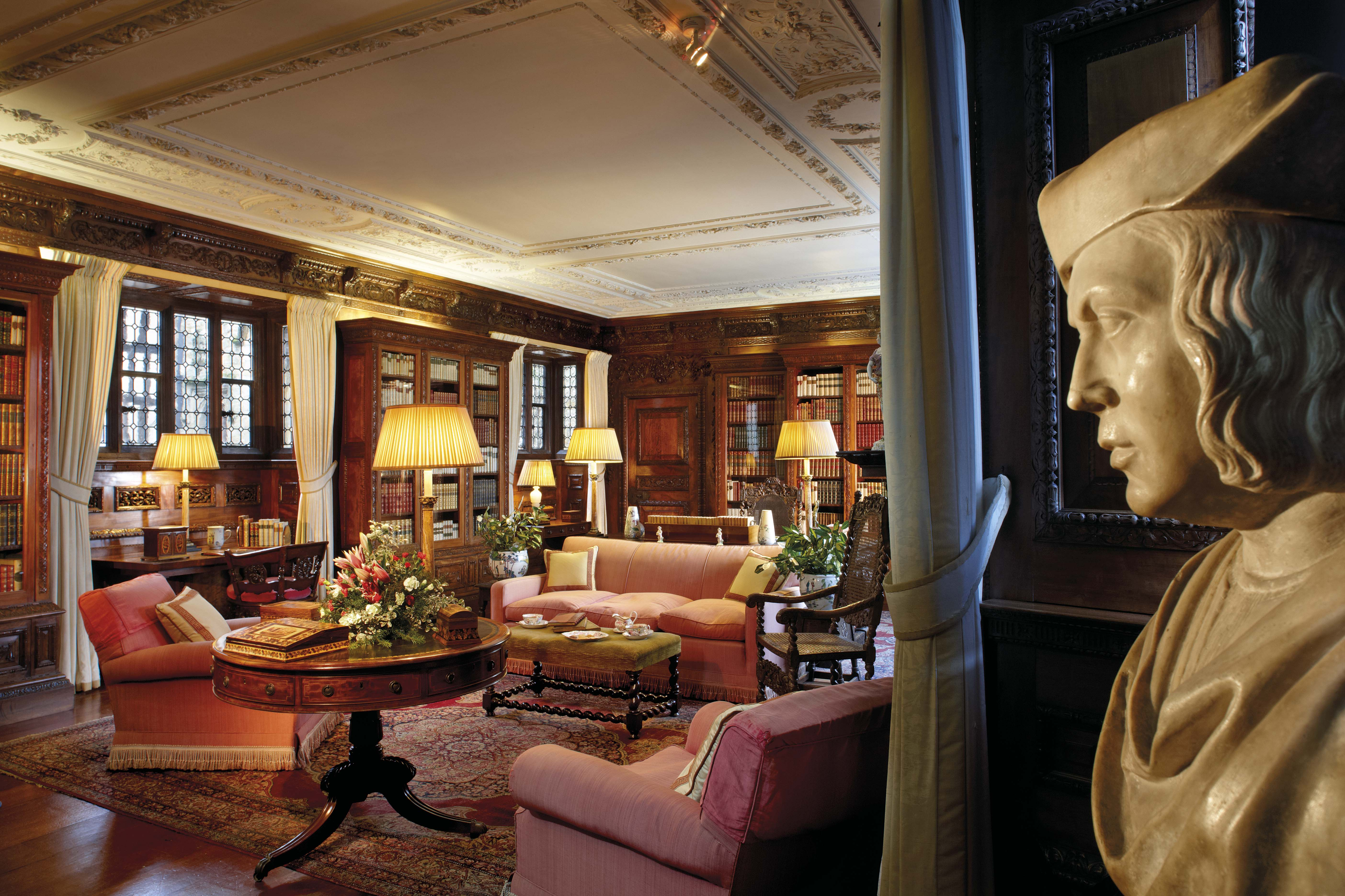 The library at Hever Castle