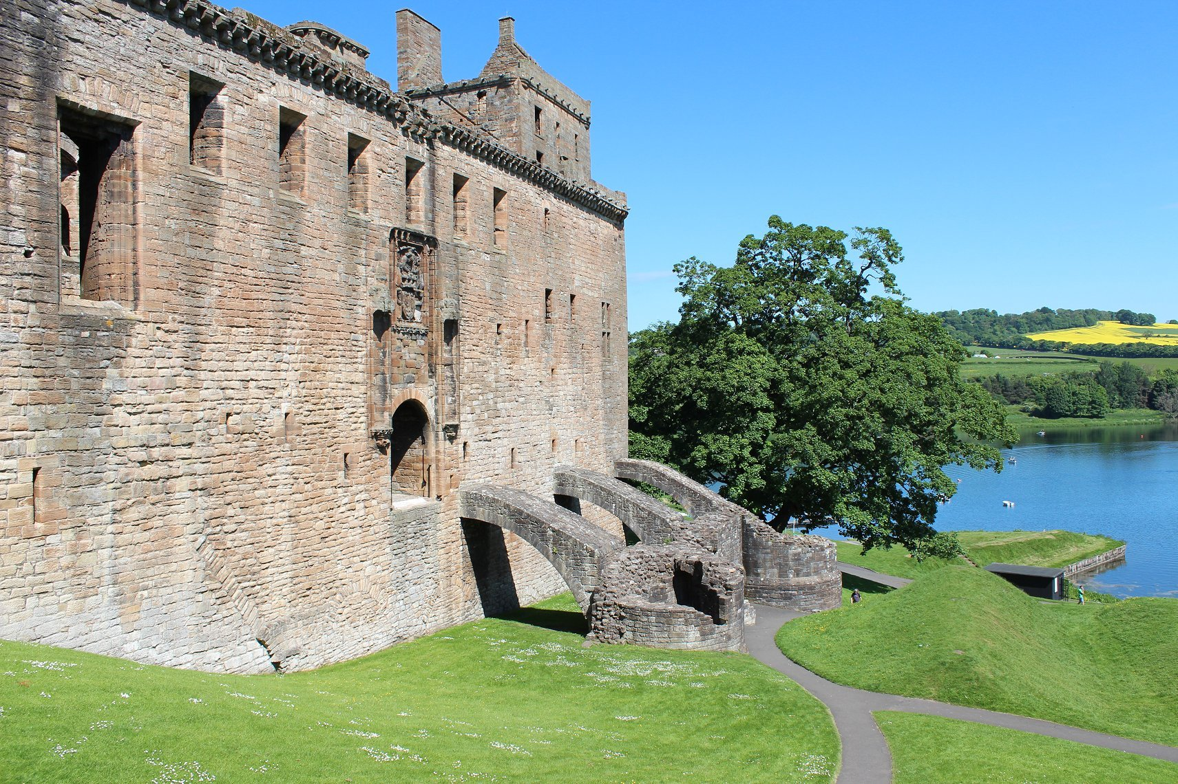 Linlithgow Palace: The Renaissance Birthplace of Mary, Queen of Scots | The Tudor Travel Guide